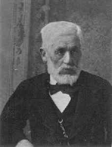 Szappanos László - Ügyvéd, városi tanácsnok, honvédhadnagy.