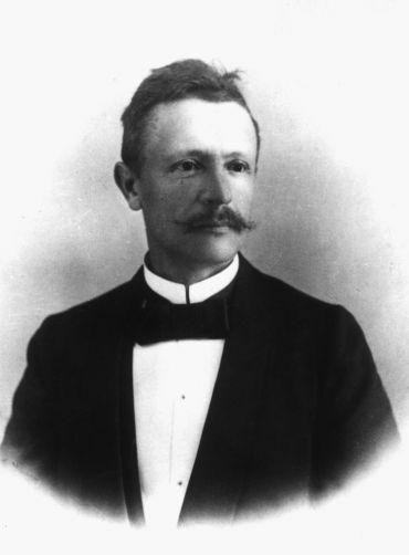Lóczy Lajos (1849-1920) geológus, földrajztudós